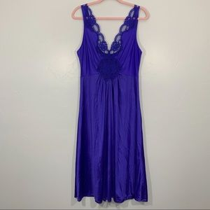 Vintage   Blue Lace Trim V-Neck Lingerie Nightgown